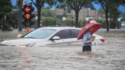 Иностранных журналистов вКитае преследуют за освещение наводнения вЧжэнчжоу
