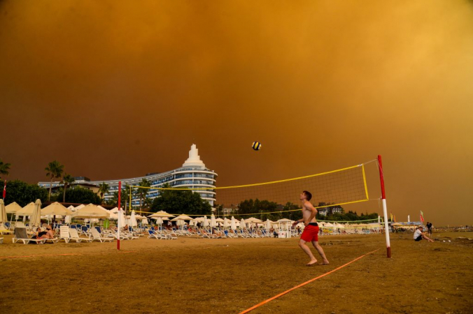 Анталья и ещё четыре турецкие провинции объявлены зоной бедствия