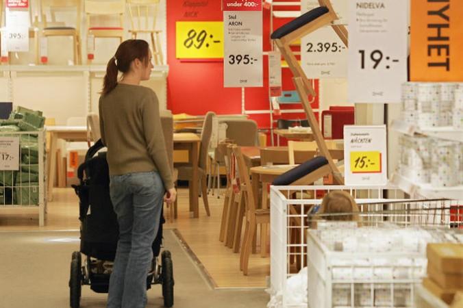 Производители IKEA советуют внимательно следовать инструкции, которая призвана обеспечить безопасную эксплуатацию. Фото: SVEN NACKSTRAND/AFP/Getty Images | Epoch Times Россия