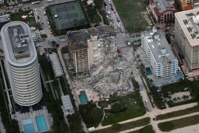 Число погибших после обрушения дома во Флориде достигло 54 человек