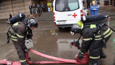 Пожарные потушили огонь в психотерапевтической клинике Москвы