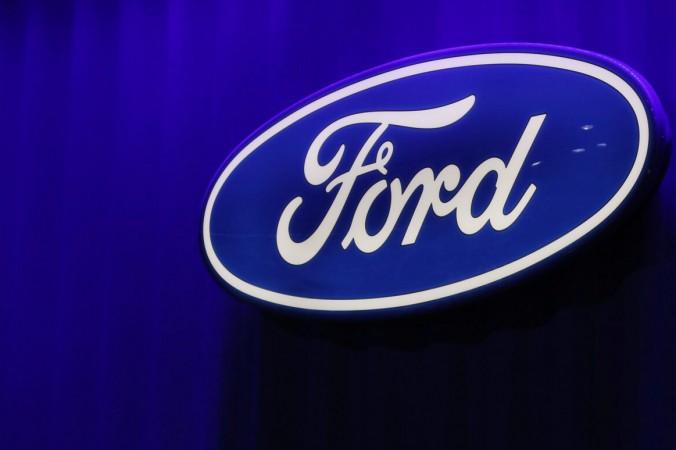 Логотип Ford на Североамериканском международном автосалоне в Детройте, штат Мичиган, США, 15 января 2019 г. (REUTERS / Brendan McDermid)   Epoch Times Россия