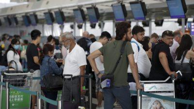 Волна эмиграции из Гонконга не спадает