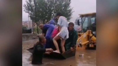 Две плотины во Внутренней Монголии Китая рухнули после проливного дождя