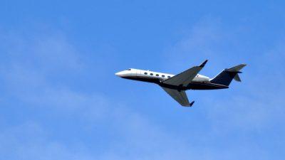 Летевший из Минска в Анталью пассажирский самолёт подал сигнал бедствия над территорией РФ