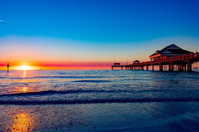 Пирс на пляже Клируотер, штат Флорида. (Любезно предоставлено VisitClearwaterFlorida.com) | Epoch Times Россия