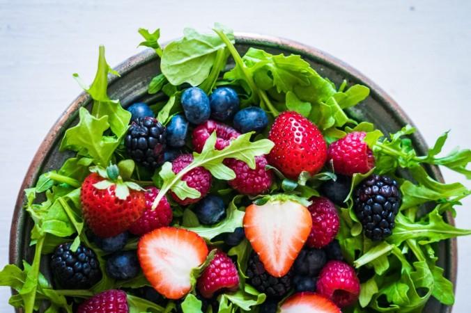 Ягоды – отличный источник витамина С, который давно используется в качестве средства для снятия стресса. (Алена Хаурылик / Shutterstock)   Epoch Times Россия