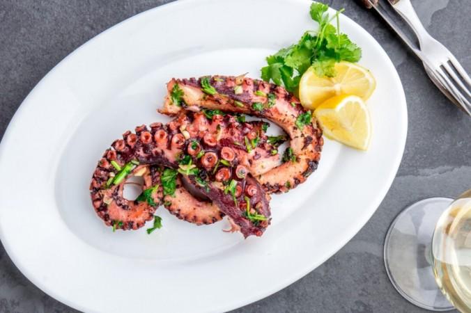 shutterstock 768571420 1 1200x720 1 676x450 1 - Шеф-повар из Греции: лучший способ приготовить осьминога