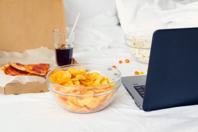 Как управлять эмоциональным перееданием