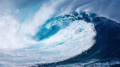 На Аляску и Гавайи надвигается цунами из-за землетрясения магнитудой 8,2