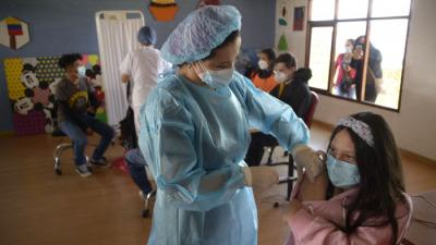 Властям провинции Эквадора не удалось ввести обязательную вакцинацию