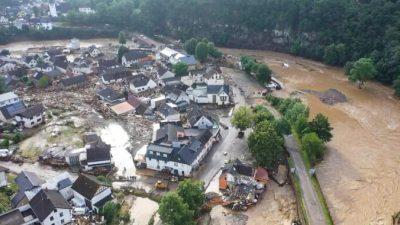 Германия выделила 30 млрд евро для пострадавших от наводнений районов