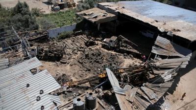 Израиль разбомбил комплекс по производству оружия ХАМАСа в Газе в ответ на запуск воздушных шаров с зажигательной смесью
