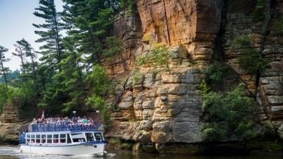 Висконсин Деллс: водные развлечения и природная красота
