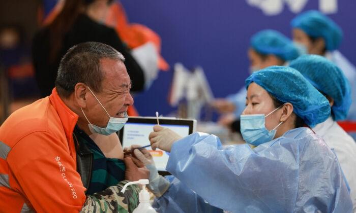 Китай: «выиграть народную войну» к октябрю вакцинацией 1,1 млрд человек