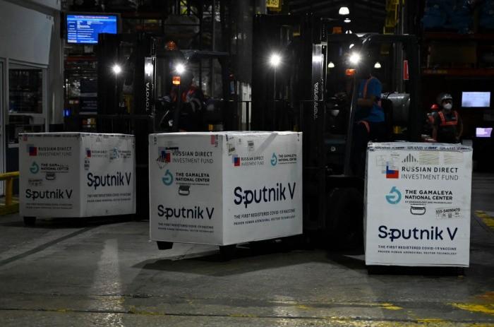 Словакия прекращает вакцинацию «Спутником V»