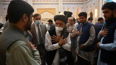 Трамп назвал «мошенником» сбежавшего с казёнными деньгами президента Афганистана