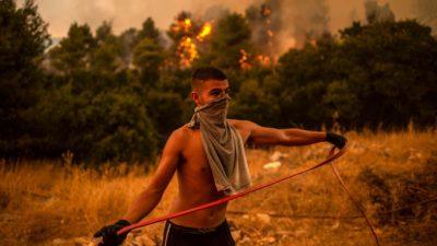 По Европе прокатилась новая волна пожаров (Видео)