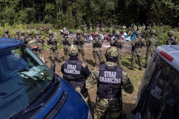 Европейский суд по правам человека обязал Польшу и Латвию помочь беженцам