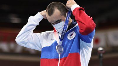 Россияне в 14-й день Олимпийских игр завоевали четыре медали