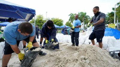 Гаити готовится к«Грейс», Флоридак«Фреду»