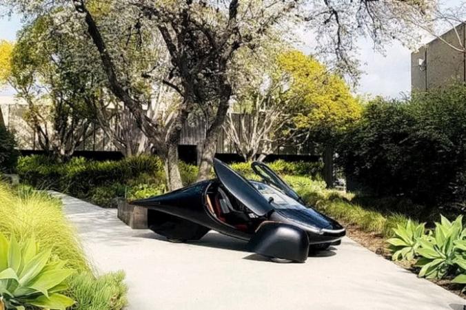 Aptera разработала автомобиль на солнечной энергии, который, возможно, никогда не нужно будет подключать к сети для подзарядки.(Изображение <a href=