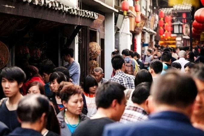 Сегодняшние «китайские особенности» включают сохранение лица, поклонение лидеру и смешение прав человека с правом на жизнь. (Изображение: Athenar /Dreamstime) | Epoch Times Россия