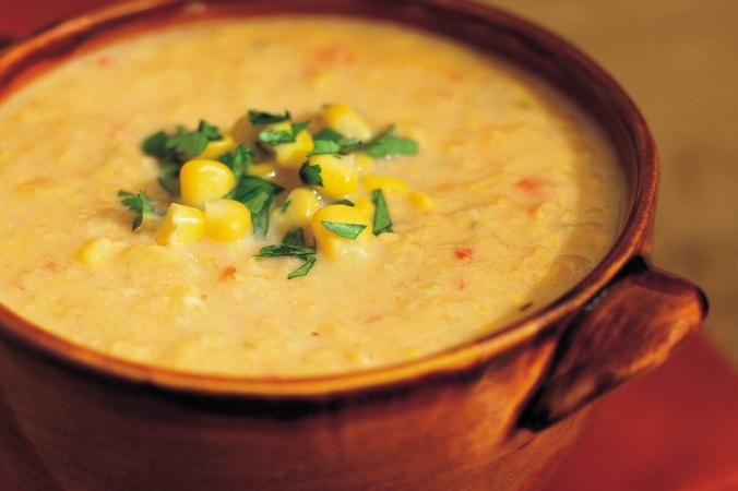 Часть супа протирают, чтобы придать ему более густую консистенцию. Предоставлено: FILENAME: (Марен Карузо / TNS) | Epoch Times Россия
