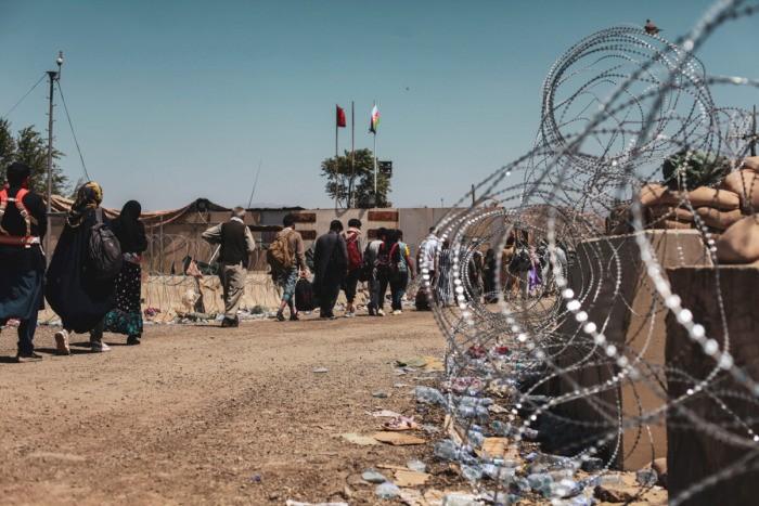 Бывший афганский министр рассказала о побеге с семьёй из страны