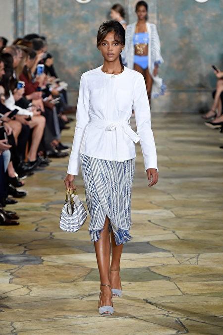 Американский бренд Tory Burch на Неделе моды в Нью-Йорке. (Slaven Vlasic/Getty Images for Tory Burch)