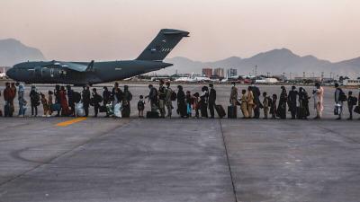 Посольство США в Кабуле советует американцам избегать аэропорта, ссылаясь на угрозы безопасности