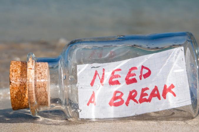 Мы привыкли ценить работоспособность, но рано или поздно нам всем нужен отдых. (Студия смешных решений / Shutterstock)   Epoch Times Россия