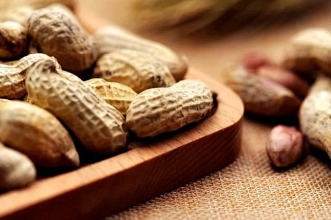 Независимо от вашего возраста или веса, употребление арахиса имеет множество преимуществ, и он может играть важную роль во всех видах диет.(Изображение: <a href=