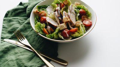 Как приготовить настоящий соус «Цезарь»