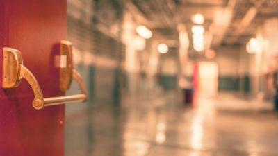 В больницах Антальи остаются 6 россиян, попавших в ДТП