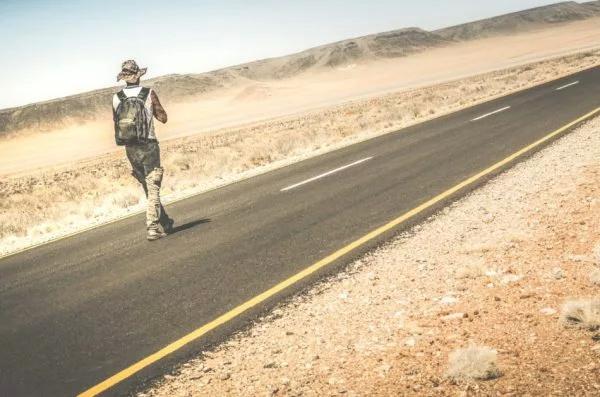 Схорошими привычками подороге жизни человек небудет бояться никаких трудностей или препятствий. (Изображение: Мирко Витали через Dreamstime)