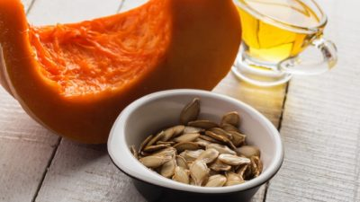 Масло тыквенных семечек помогает предотвратить облысение