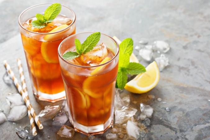 Узнайте, как легко и за копейки приготовить идеальный чай со льдом.(Елена Веселова / shutterstock)   Epoch Times Россия
