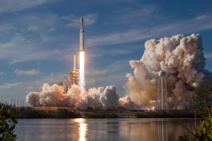 Австралия одобрила запуск своей первой крупной ракеты за многие десятилетия. (SpaceX)   Epoch Times Россия