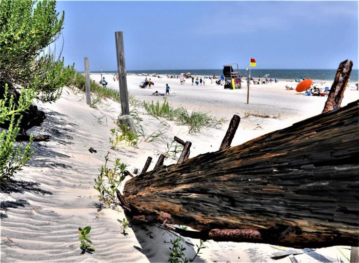 Кладбище Атлантики, Чёрная борода и песчаные пляжи ждут вас на Внешних отмелях Северной Каролины