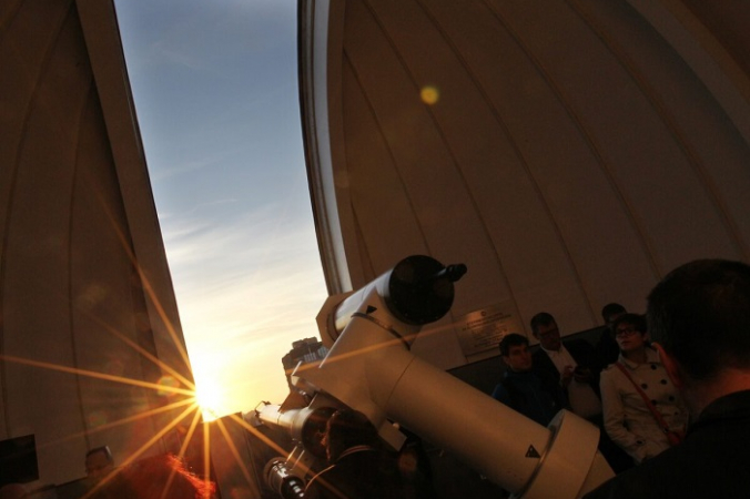 Телескоп. (Alexander Klein/AFP/GettyImages)   Epoch Times Россия