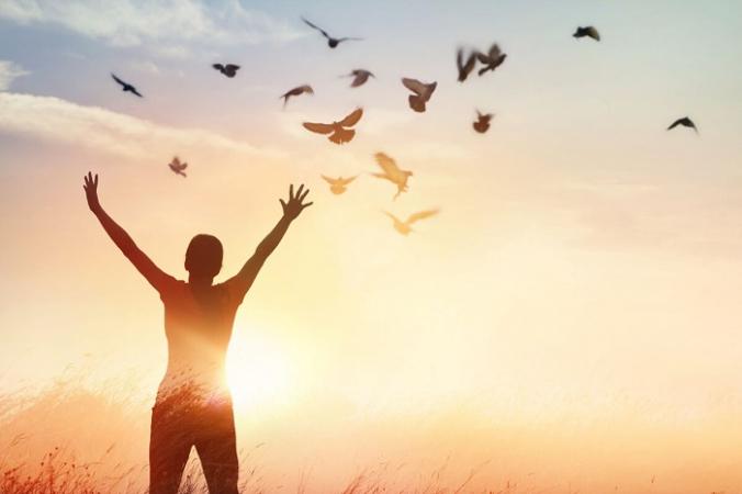 Обида, вина или страх могут мешать нам жить изящно и двигаться вперед после прошлых травм. (PopTika / Shutterstock)   Epoch Times Россия