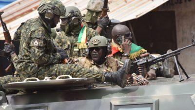 Лидер мятежников в Гвинее: Мы должны проснуться