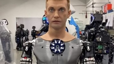 Роботы оказались в центре внимания Восточного экономического форума во Владивостоке
