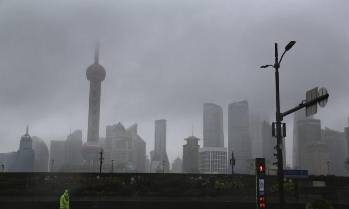 В Шанхае остановили движение самолётов и поездов из-за приближающегося тайфуна «Чанту»