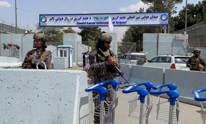 2021 09 01T113543Z 4 LYNXMPEH801QZ RTROPTP 4 AFGHANISTAN CONFLICT INSURANCE 1200x725 1 e1630676176715 - Китай является «нашим основным партнёром», заявил представитель «Талибана»