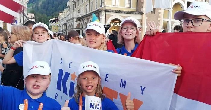 KIDSTV в Риге — академия для одарённых детей