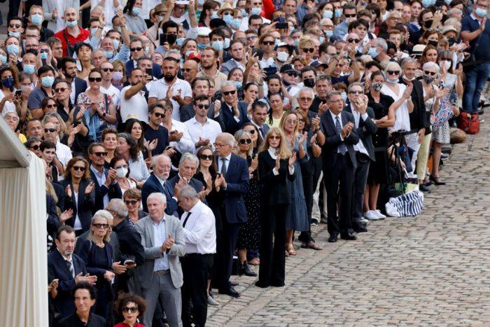 3 5 foto e1631254552566 - Церемония прощания с Жан-Полем Бельмондо завершилась в Париже