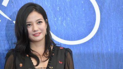 В Китае закрыли более 700 агентств индустрии развлечений