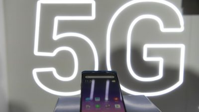 Миноброны Литвы призывает выбросить китайские смартфоны